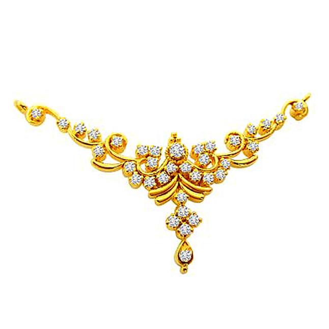 Sparkling Cluster 0.71 cts Diamond Necklace Pendants Necklaces
