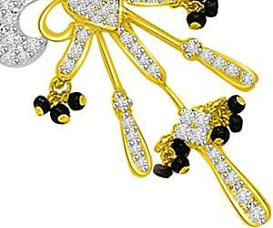 Falling In Love Diamond & Gold Mangalsutra Pendants