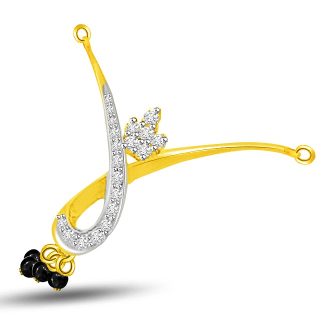 Beautiful Twist Two Tone Diamond Mangalsutra Pendants