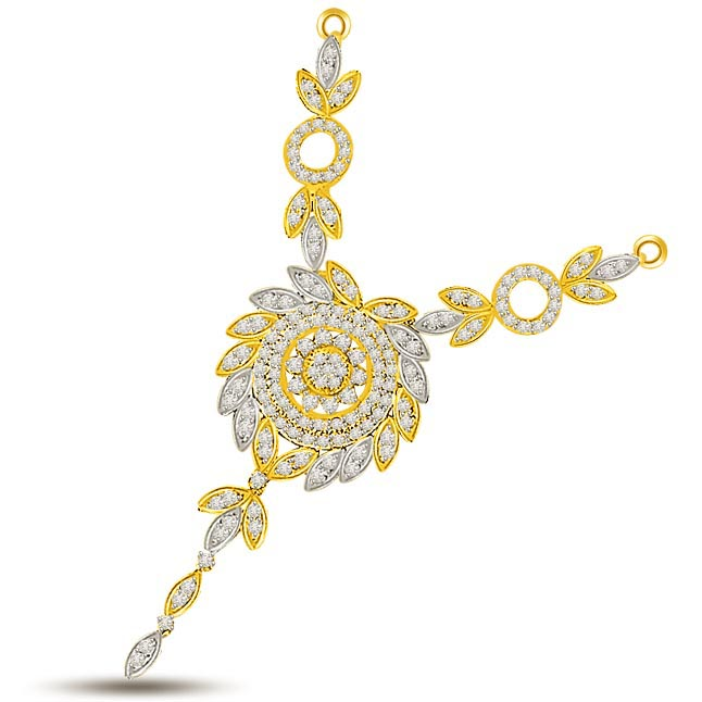 Passionate Bliss Diamond Necklace Pendants in 18kt Gold