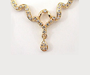 Ecstatic Elegance Diamond Necklace Pendants Necklaces