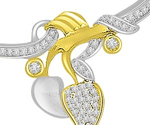 Love Kiss 0.37ct Two Tone Diamond Necklace Pendants