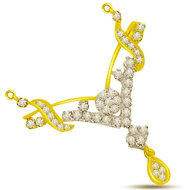 0.50ct Two Tone Fanciful Diamond Necklace Pendants