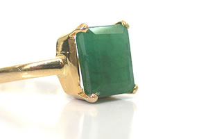 Emerald Magical Moments -Solitaire rings