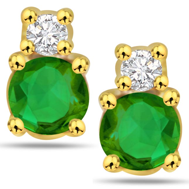 Green Desire 0.10 ct Diamond Emerald Earrings -Dia & Gemstone