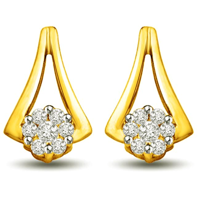 Fragrence of my Love 0.28ct Diamond & Gold Earrings