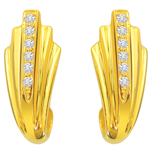 Blinger Beauty Diamond Earrings -Designer Earrings
