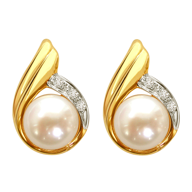 Shining Sitara Diamond Pearl Girl Earrings -Designer Earrings