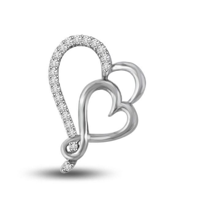 Falling in love 0.25 cts Dual Heart White Gold Diamond Pendants