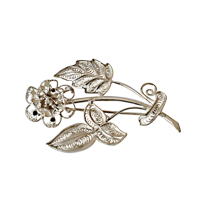Flower Shaped Silver Filigree Brooch for Women s