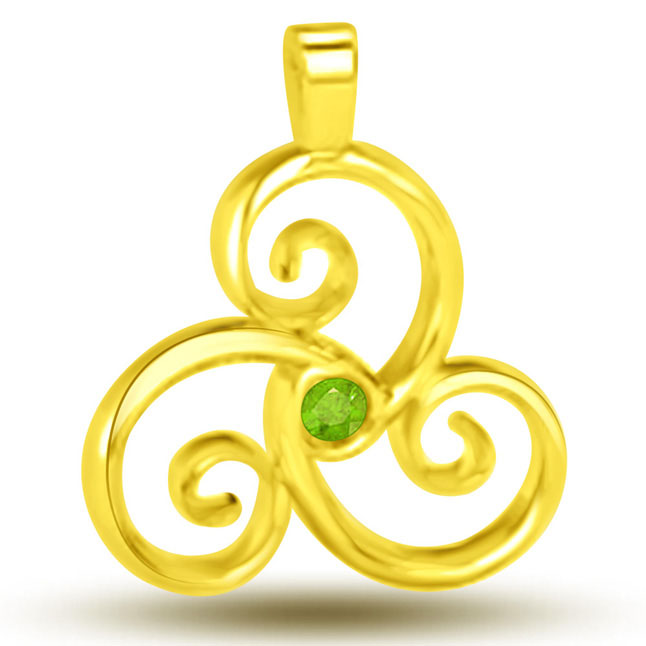 Flowery Emerald Amazing 18kt Yellow Gold Emerald Pendants -Emerald Gold Pendants