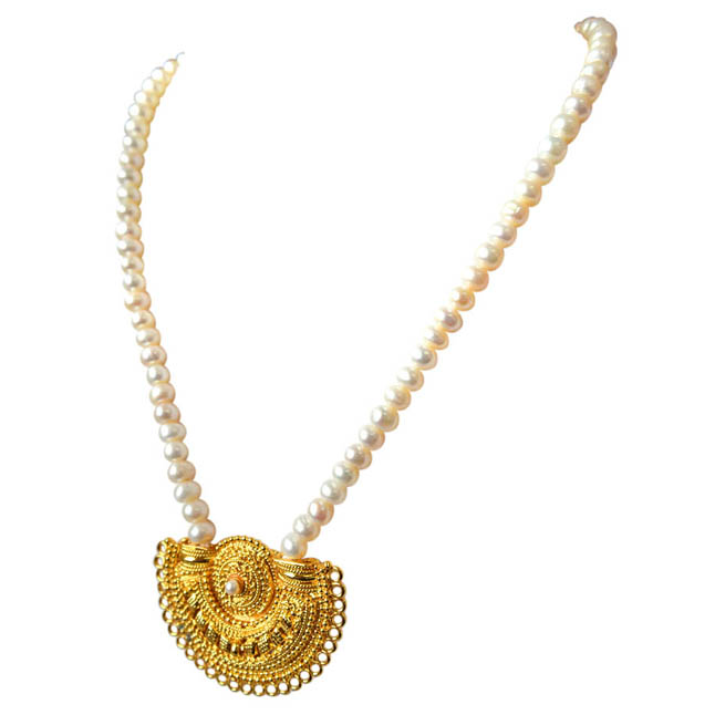 Gateway of Women's Heart - Gold Plated Pendant & Single Line Real Pearl Necklace with Kuda Jodi Earrings for Women (SN721)