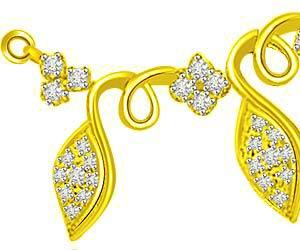 Golden Petals & Flower 18kt Gold & Diamond Pendants Necklaces