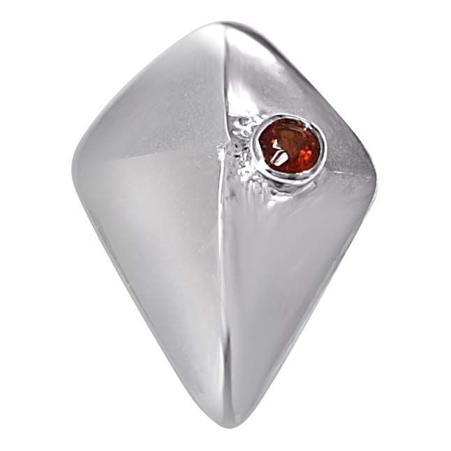 Great Adventure Red Garnet & 925 Sterling Silver Pendant with 18 IN Chain