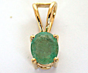 Green Neck 1.00ct Lustrous Oval Green Emerald Pendants (p -170 ACCK -2662 -204 -9) -Emerald Gold Pendants