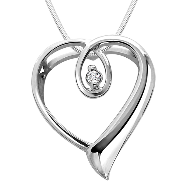 "Heart Queen -Real Diamond & Sterling Silver Pendants with 18"" Chain"
