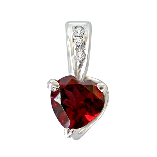 "Big Heart Shaped Red Garnet & Real Diamond Pendants with 18"" Chain"