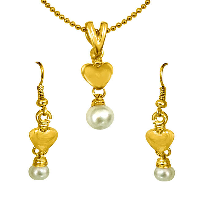 Heart Shaped Shell Pearl & Gold Plated Pendants & Earrings Set with Chain -Pearl Set