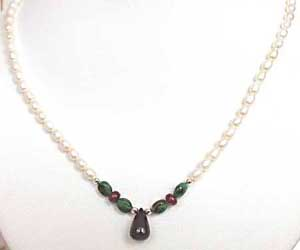 Impress In Style -Precious Stone Necklace