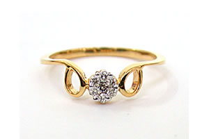 Knot & Bow 0.15 ct Diamond Flower Shape rings