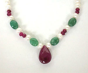 Lady's Grace -Precious Stone Necklace