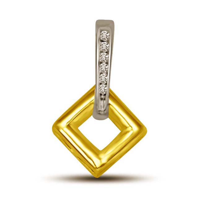 Leafy Diamond Two tone Drop Sqaure Diamond & Gold Pendants