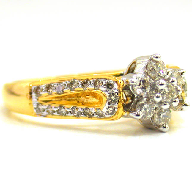 Love Me True Real Diamond rings in 18kt Gold