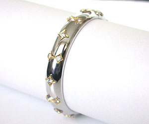 Luxurious Lass -Diamond Bracelets