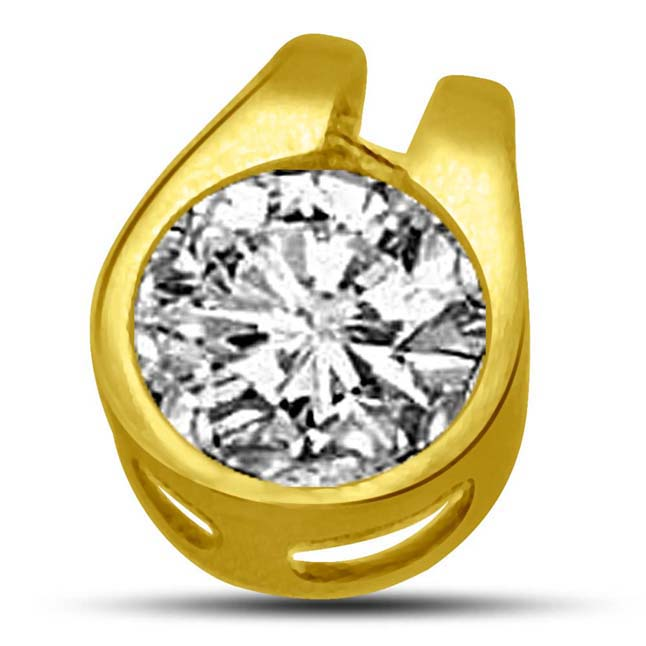 My Heart is filled with Diamond ,0.36ct Round Diamond Pendants -Solitaire