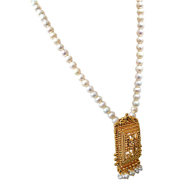 My Special Memories - Gold Plated Pendant & Single Line Real Pearl Necklace with Kuda Jodi Earrings for Women (SN720)