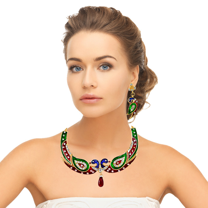 A Peacock Necklace Set