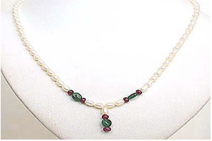 Oval Emerald, Ruby Beads & Rice Pearl Necklace SN466