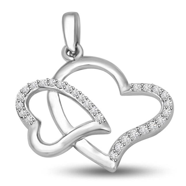 Cocktail of Two Soul 0.27CT White Gold Diamond Twin Heart Pendants