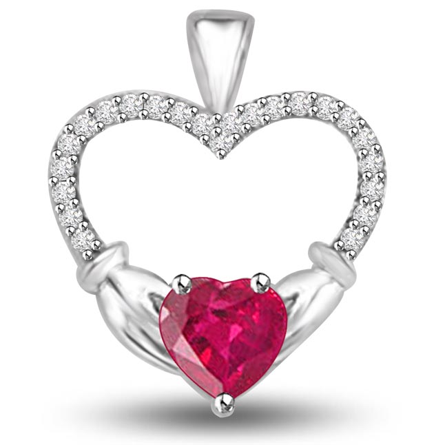 Unbelievable Heart Shaped Pendants Of Ruby Diamonds