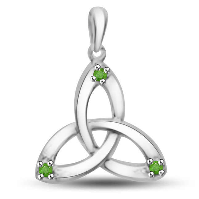 Graceful Emerald Triangle Pendant In 14kt White Gold