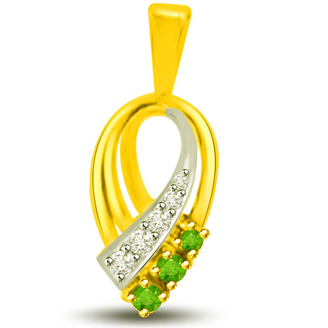Torch of Purity Beautiful Two Tone Emerald Diamond Pendants
