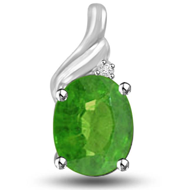 Unlimited Greenery Emerald Diamond Pendants In 14kt White Gold