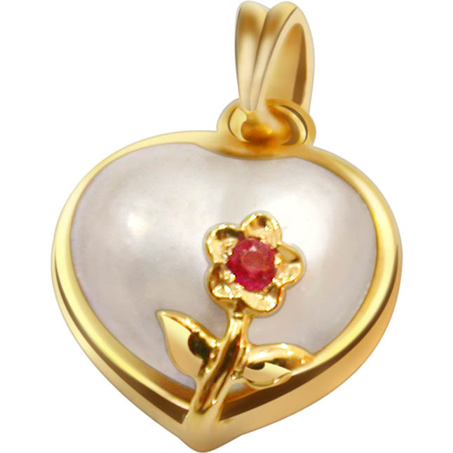 Dark Delights Heart Shape Diamond Pendants