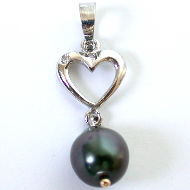 A Beautiful Heart Shaped Diamond & Tahitian Pearl Pendants -Tahitian Pearl Pendants