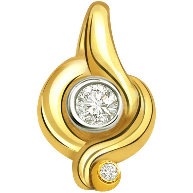 Sparkling Diamond Designer Pendants P346