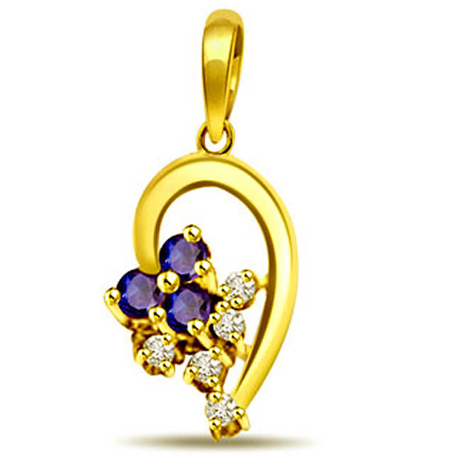 Sparkling Surprise -Flower Shape Pendants