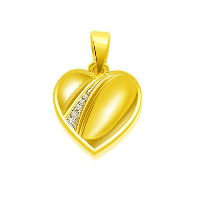 0.03 cts Diamond Heart Shape Pendants
