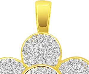 0.65 cts Flower Diamond Pendants In 18K Yellow Gold -Flower Shape Pendants