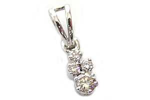 Everlasting Diamond Pendants -White Rhodium Pendants