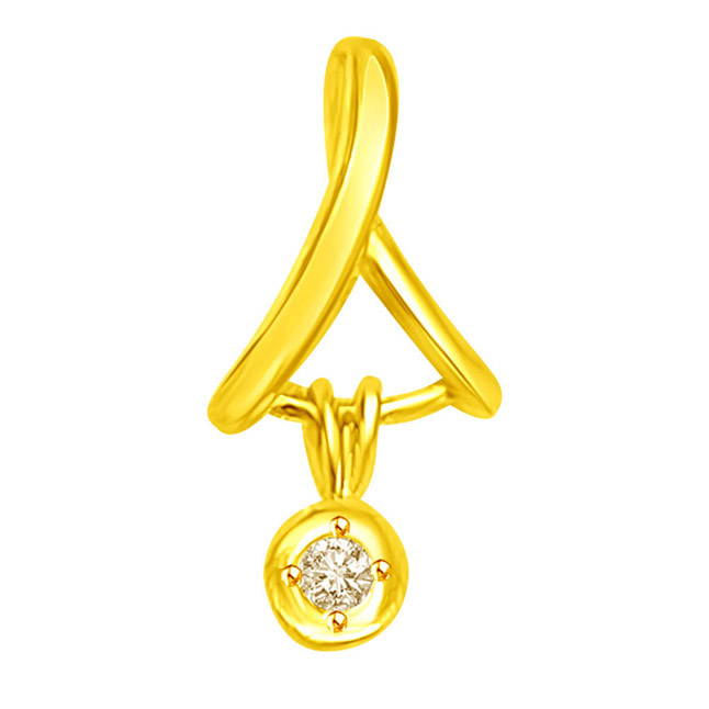 Dangling Diamond Pendants in 18kt yellow gold -Solitaire