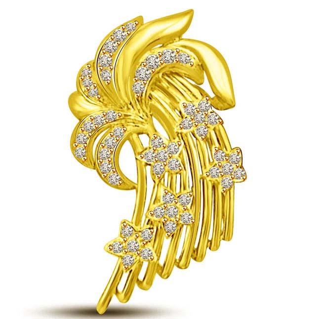 Niagara Falls:18kt Gold & Diamond Beautiful Pendants -Designer Pendants