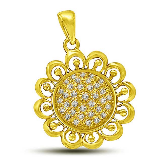 Sunflower Pendants of Diamond & Gold. -Flower Shape Pendants