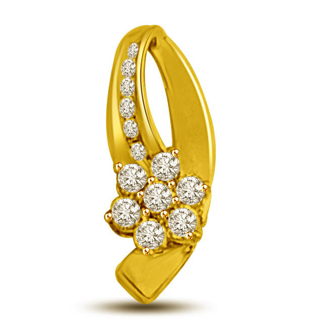 Floral Delight -0.14 TCW Flower shaped diamonds in an 18kt gold Pendants -Flower Shape Pendants