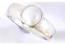 Passionate Pearl rings -Navratna+Gemstone