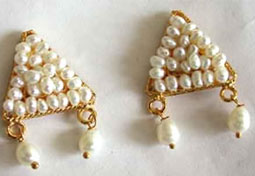 Perfect Pearl Beauty - Designer Earrings